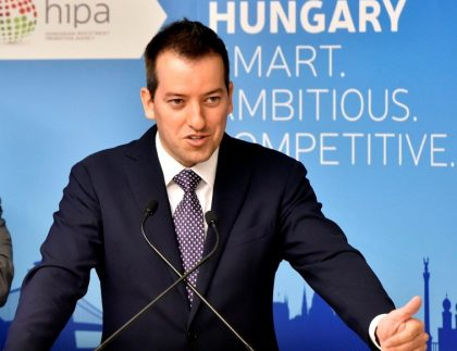 Róbert ÉSIK, President, HIPA
